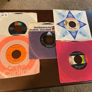 LOT OF  5. 45 RPM RECORDS. LOT #22
